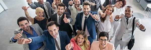 コーポレートバリューの実践を従業員に奨励